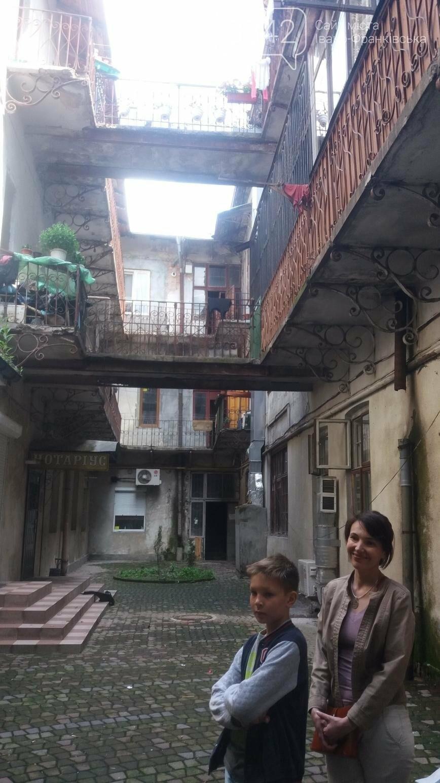 Візитівка Франківська - прогулянки старовинними вуличками та неспішний ритм життя, фото-5