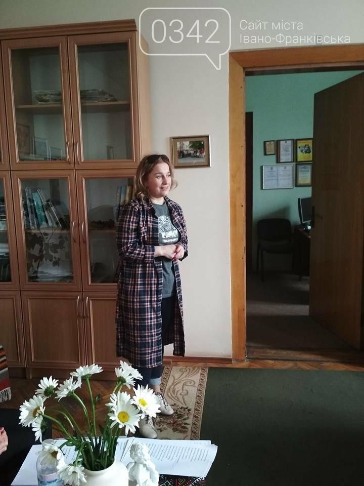 """У редакції """"Галичини"""" відбулася зустріч зі Світланою Ткачук, фото-5"""