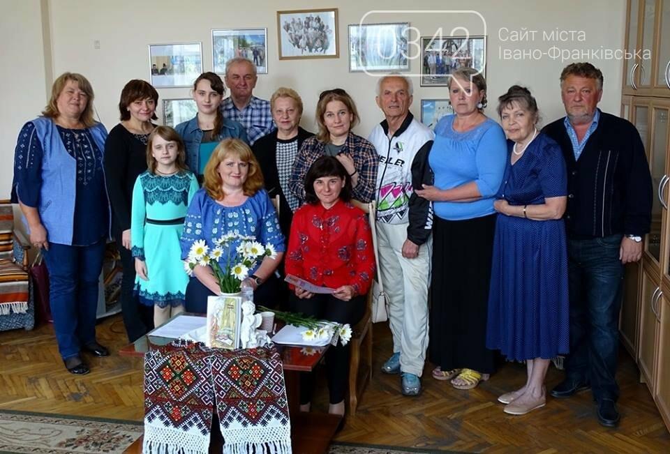 """У редакції """"Галичини"""" відбулася зустріч зі Світланою Ткачук, фото-3"""