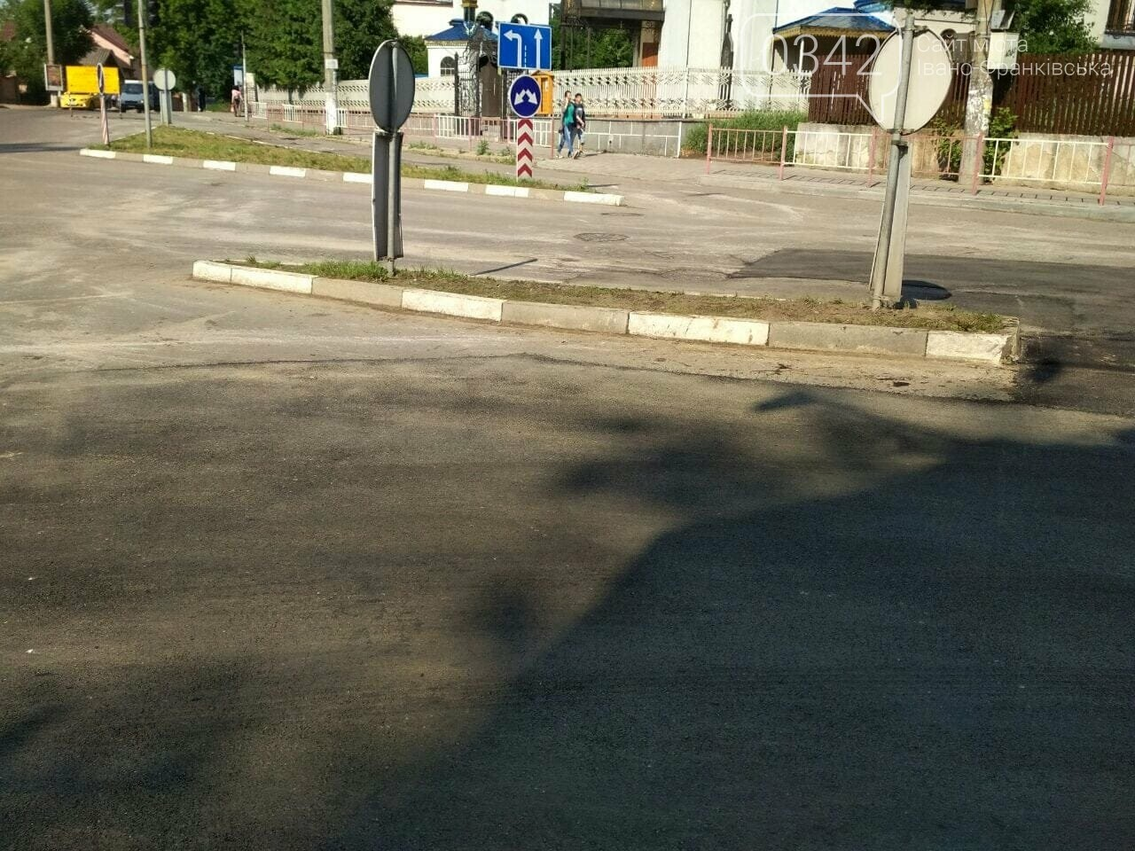 У Франківську залатали проблемне перехрестя. ФОТО, фото-5