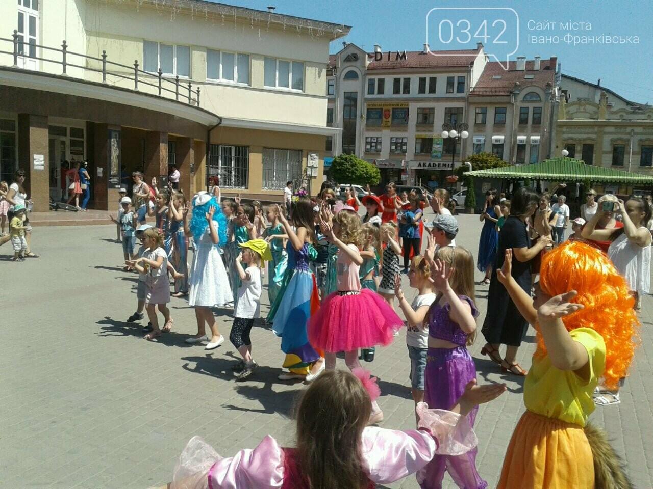 1 червня у Франківську: святкують діти. ФОТО, фото-9