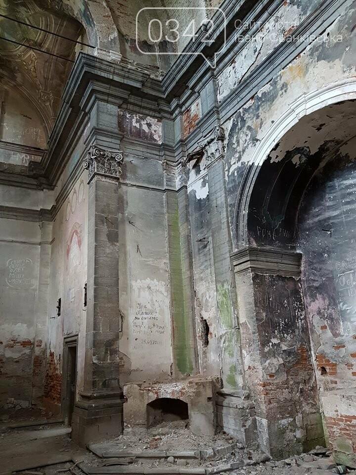 На Івано-Франківщині руйнується майже 100-річний костел. ФОТО, фото-2