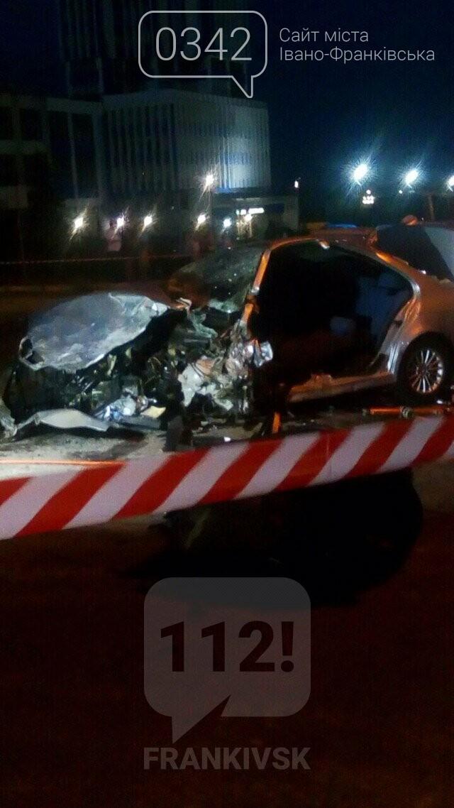 У Івано-Франківську зіткнулися чотири автомобілі. За попередніми даними п'ятеро травмованих (фото), фото-4