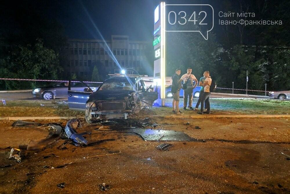У Івано-Франківську зіткнулися чотири автомобілі. За попередніми даними п'ятеро травмованих (фото), фото-7
