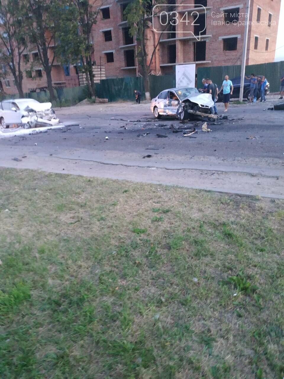 У Івано-Франківську зіткнулися чотири автомобілі. За попередніми даними п'ятеро травмованих (фото), фото-8