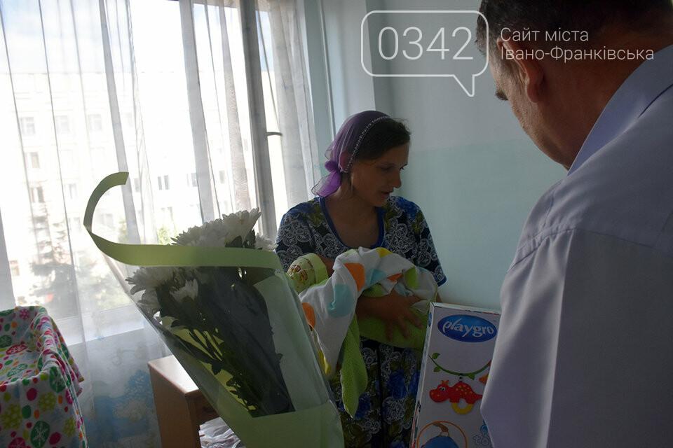 Молодь не відстає. У Житомирі в один день жінка народила 14-ту дитину, а її невістка - третю, фото-2