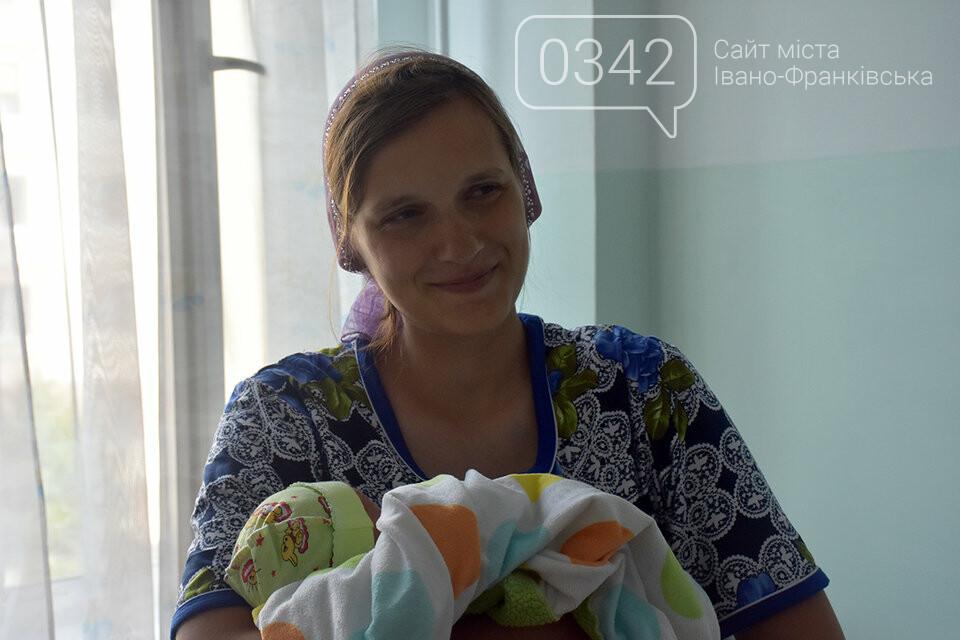 Молодь не відстає. У Житомирі в один день жінка народила 14-ту дитину, а її невістка - третю, фото-3