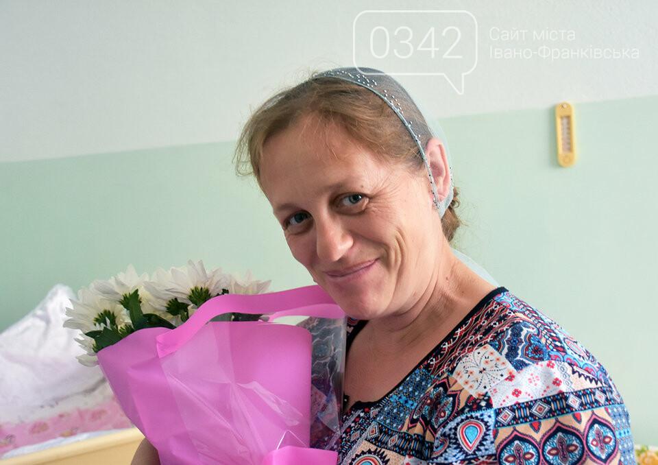 Молодь не відстає. У Житомирі в один день жінка народила 14-ту дитину, а її невістка - третю, фото-1