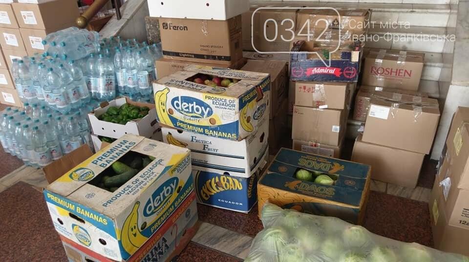 Прикарпатські волонтери повезли допомогу бійцям ООС (фото), фото-1