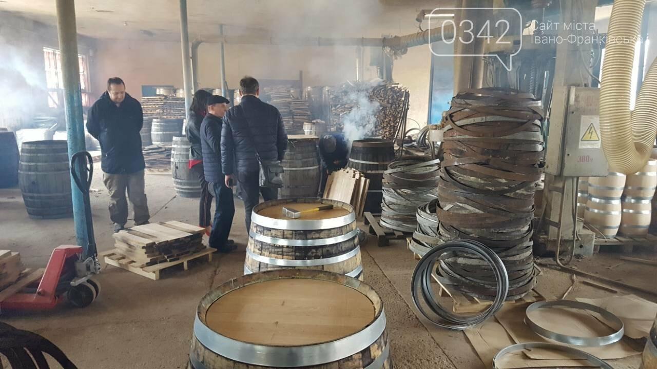 Елітні бочки для вина, коньяку та віскі. У Богородчанах працює унікальне бондарне виробництво. , фото-4