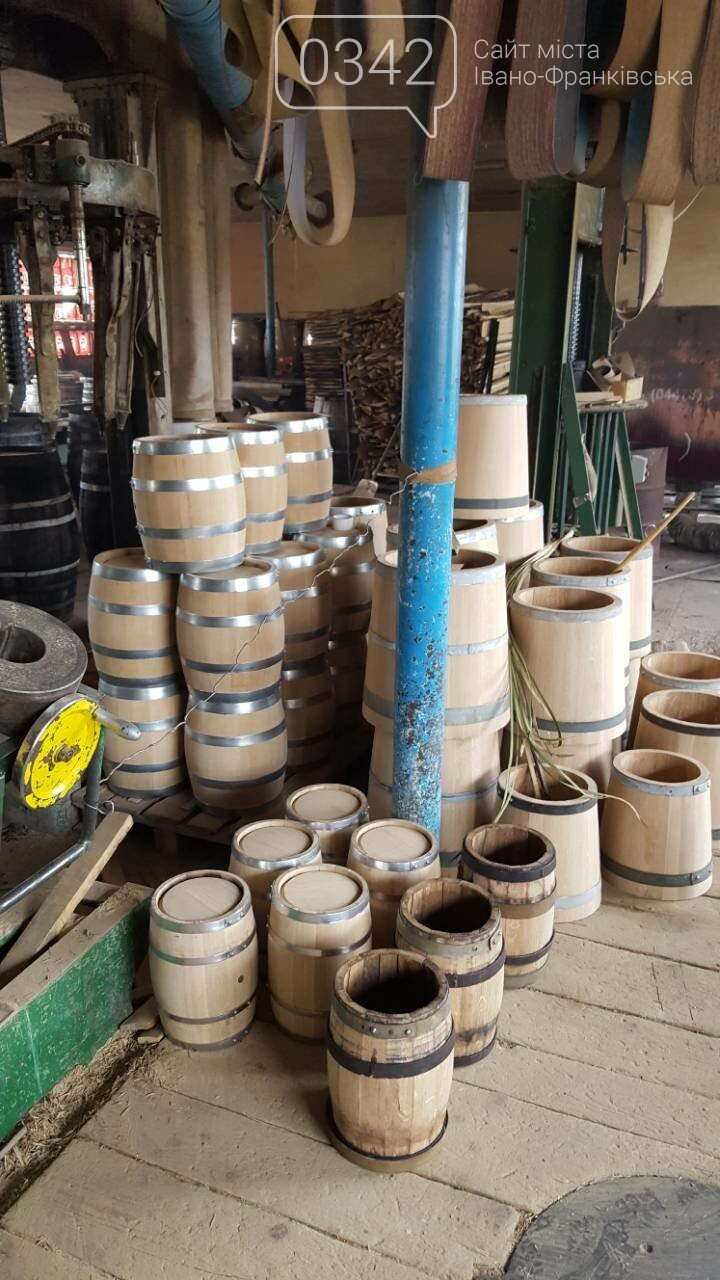 Елітні бочки для вина, коньяку та віскі. У Богородчанах працює унікальне бондарне виробництво. , фото-8