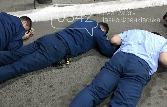 """Можуть, якщо хочуть. Спецоперація СБУ на КПП """"Тиса"""": Затримано 2-х митників на хабарі (ФОТО), фото-3"""