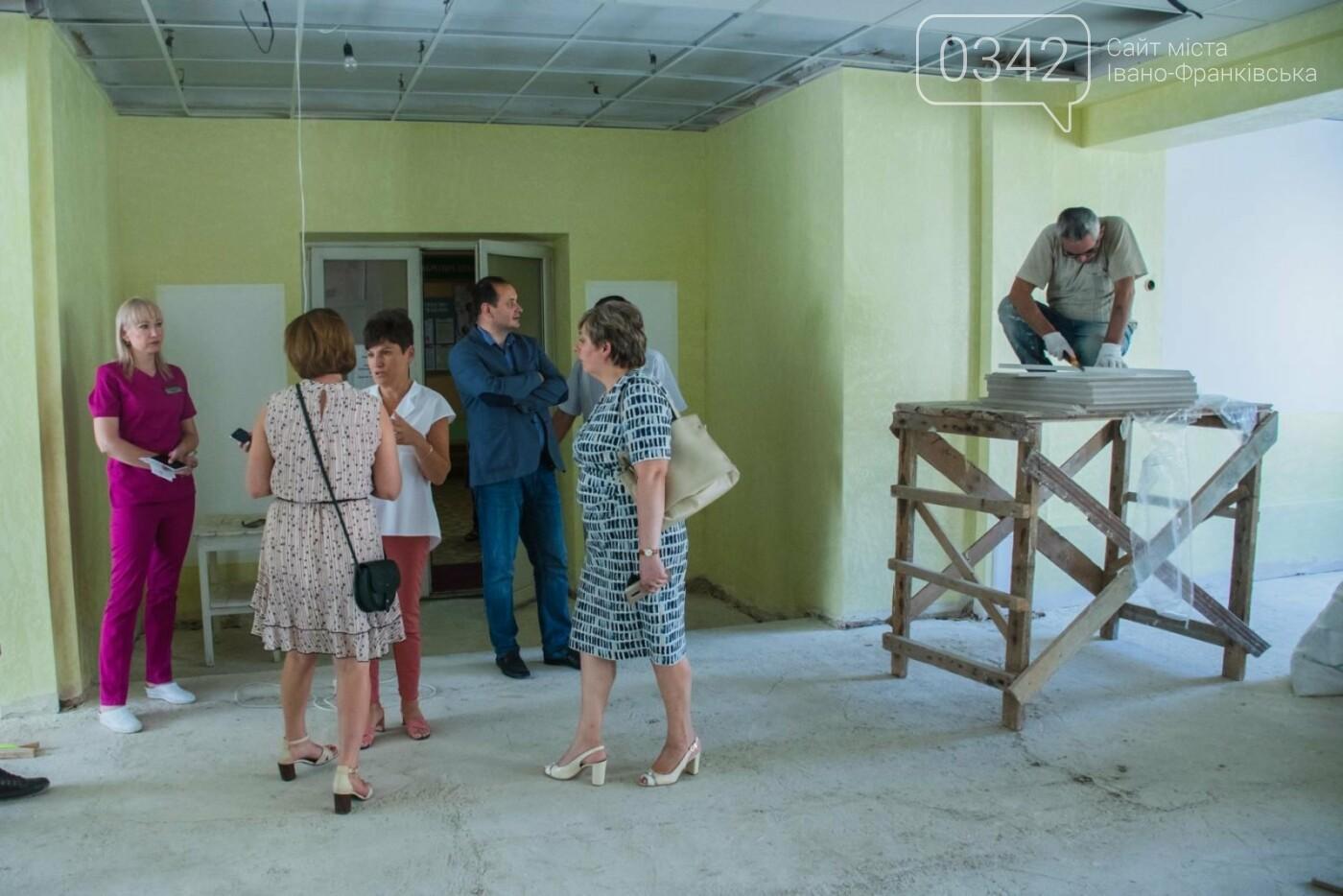 У Франківській дитячій лікарні проводять капітальий ремонт у інфекційному відділенні (фото), фото-7