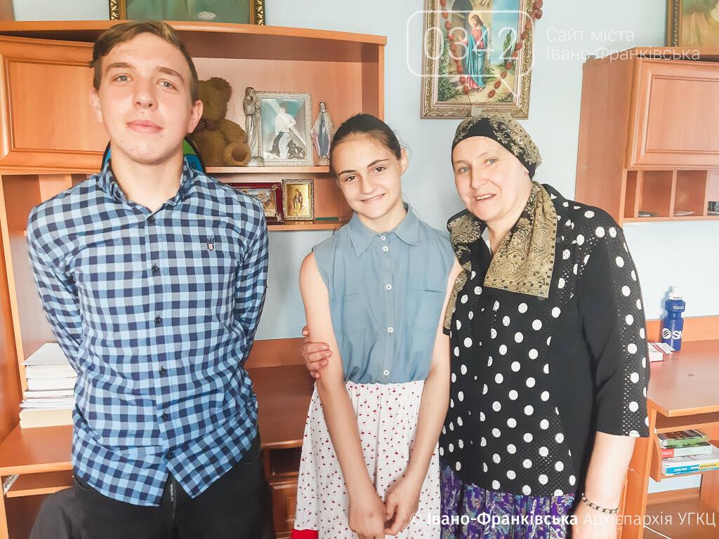 Як священик на Прикарпатті опікується сиротами, фото-1