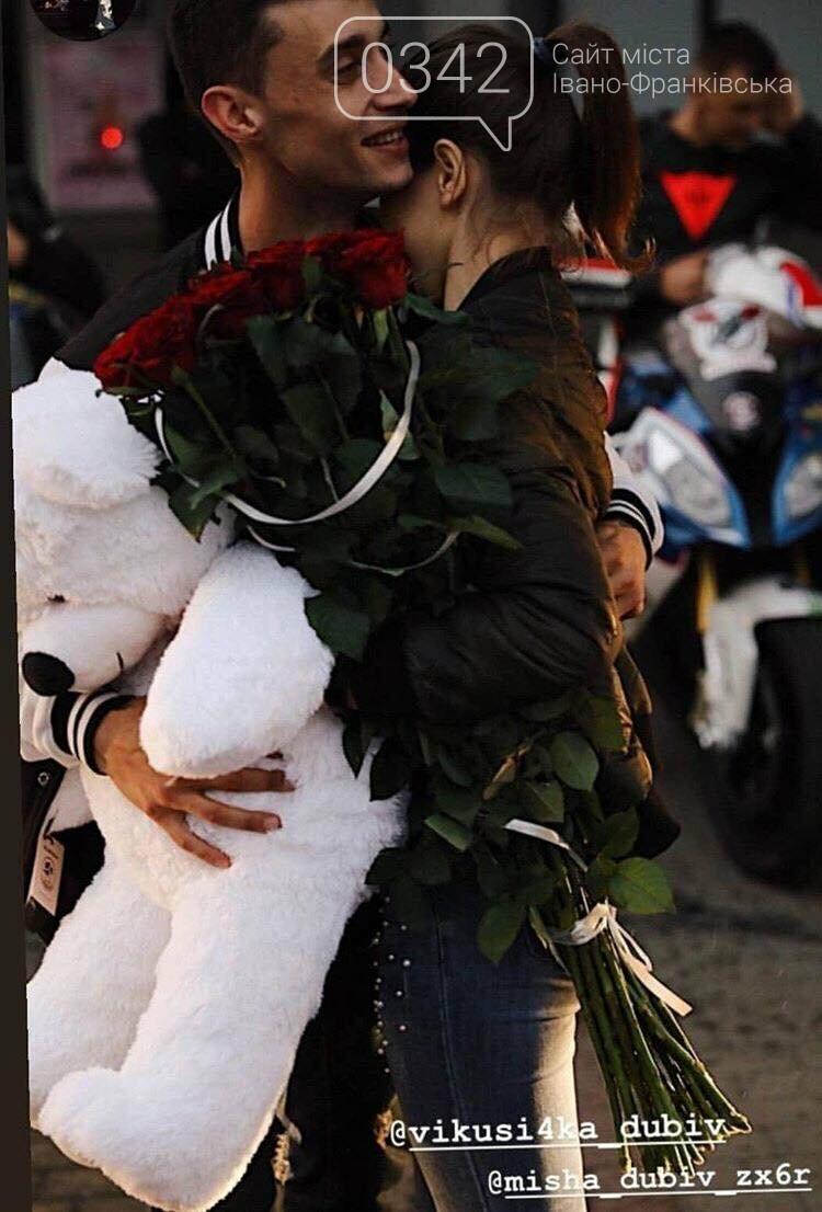 У центрі Франківська юнак оригінально освідчився коханій (ФОТО, ВІДЕО), фото-2