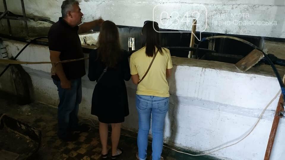 Івано-Франківськ без води: комунальники показали, як очищають резервуари (фото, відео), фото-1