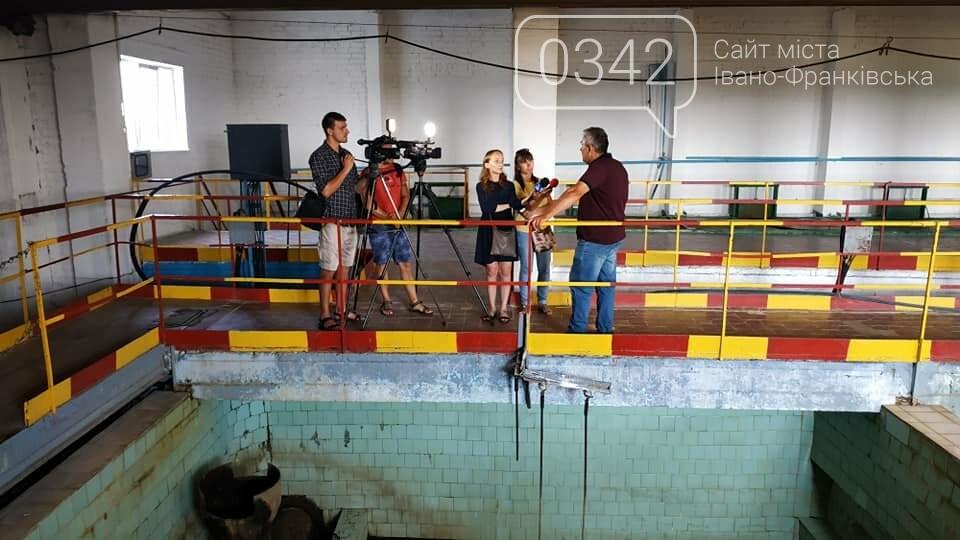 Івано-Франківськ без води: комунальники показали, як очищають резервуари (фото, відео), фото-6