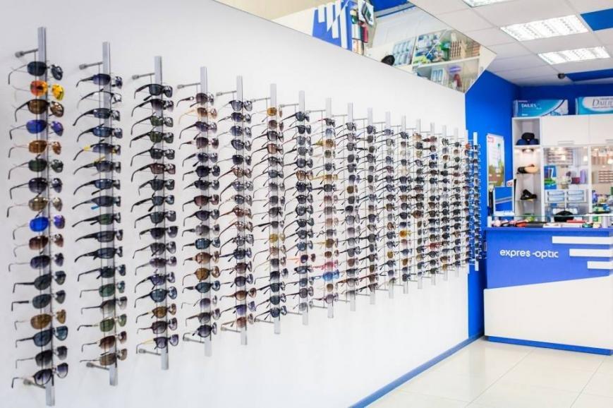 Здоров'я Ваших очей: де в Івано-Франківську можна придбати якісні та стильні окуляри, фото-12