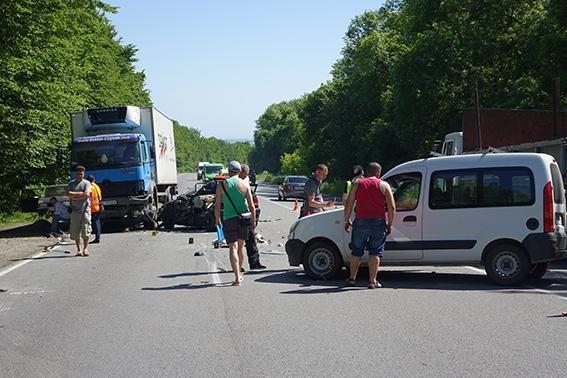 ДТП на Прикарпатті: 10 травмованих та 4 загиблих. (ФОТО), фото-1