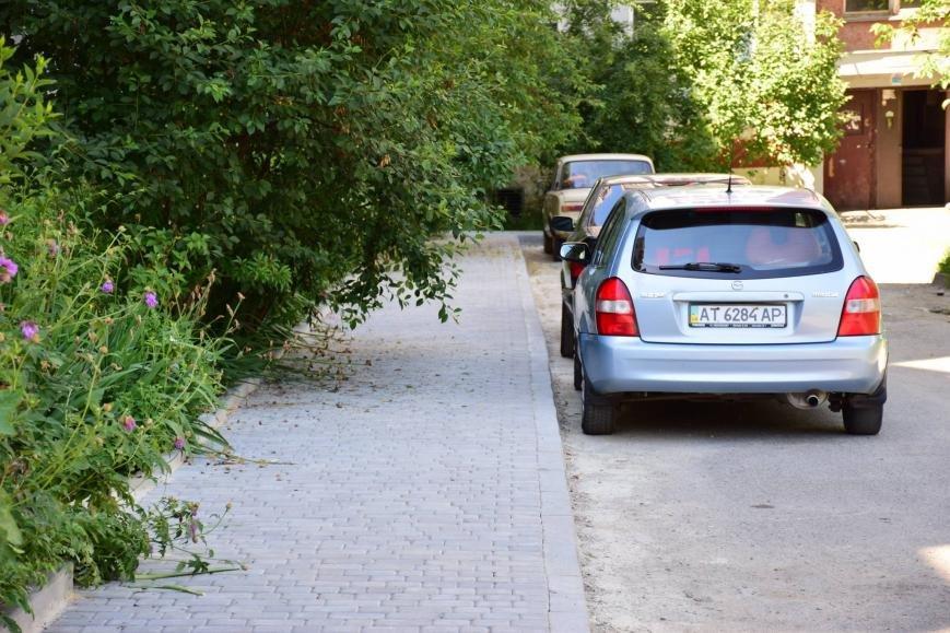 """Руслан Марцінків """"похвалився"""" новими пішохідними доріжками на вул. Хоткевича. ФОТО, фото-1"""