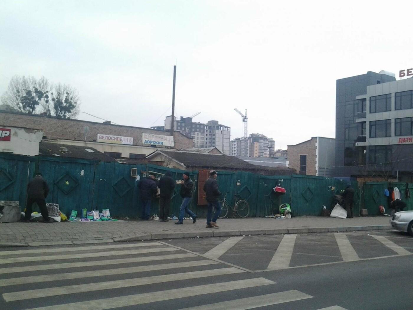 Замість болота на вулиці Тичини франківці хочуть сквер. ФОТО, фото-3