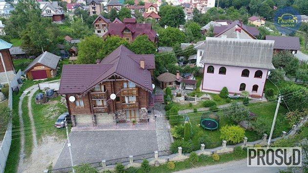Елітні маєтки й авто: в мережі показали, як живе український прокурор. ВІДЕО, фото-2