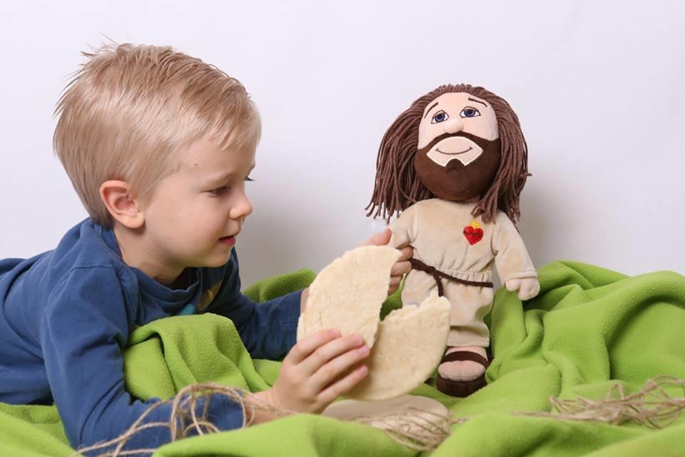 Забавка «Плюшевий Ісус» з'явилася на польському іграшковому ринку, фото-2