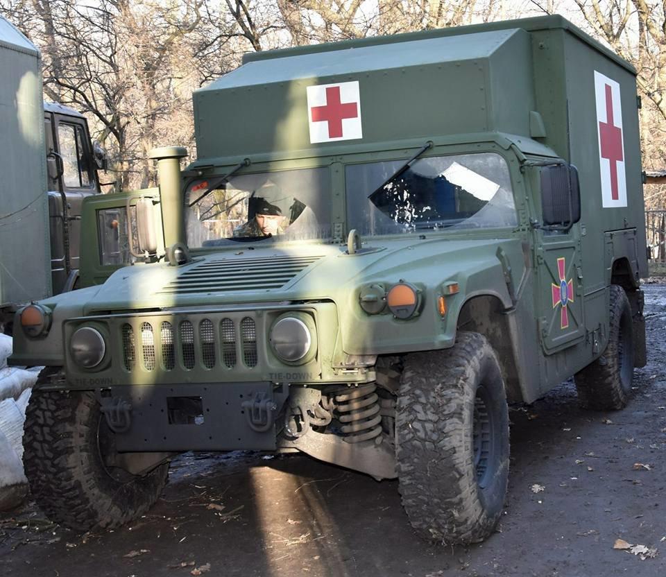 Прикарпатські військові у зоні АТО отримали медичні авто. ФОТО, фото-2