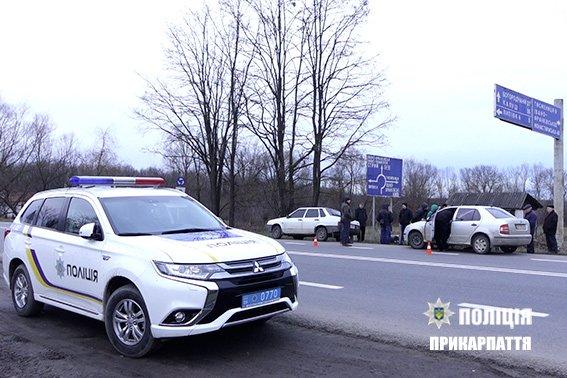 """На Прикарпатті затримали підозрюваних крадіїв-""""домушників"""". ФОТО, фото-3"""