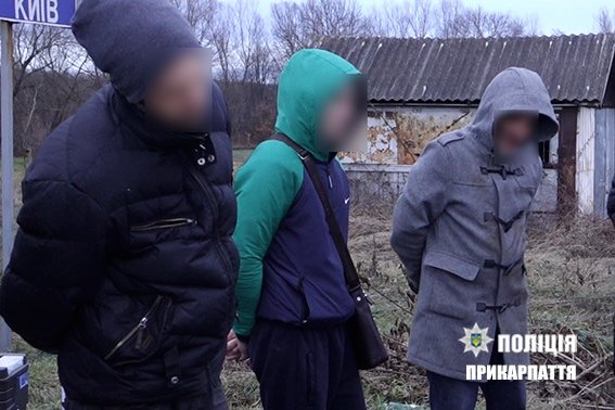 """На Прикарпатті затримали підозрюваних крадіїв-""""домушників"""". ФОТО, фото-4"""