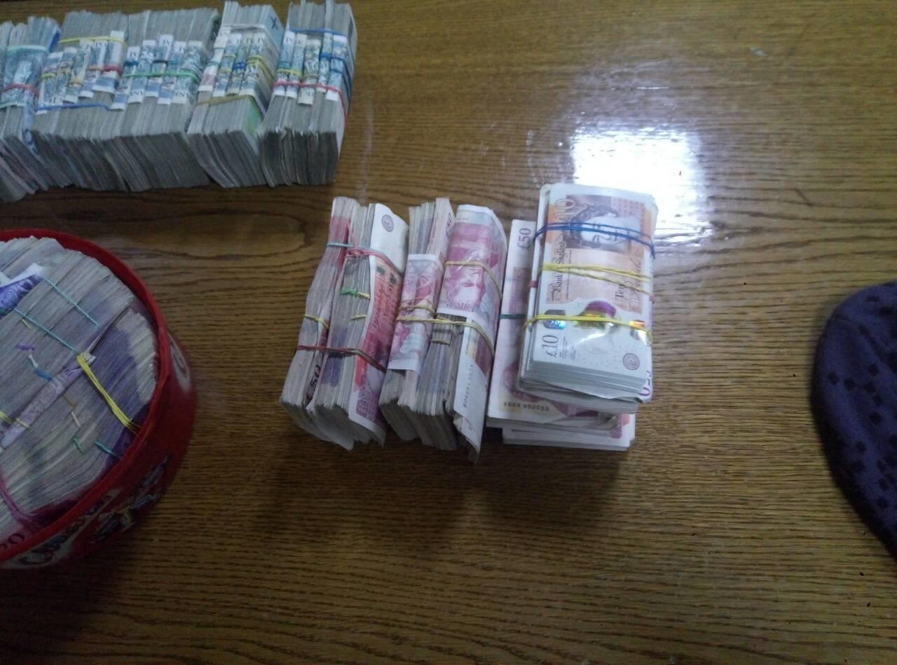Прикарпатець намагався вивезти за кордон рекордну кількість валюти. ФОТО. ВІДЕО, фото-2