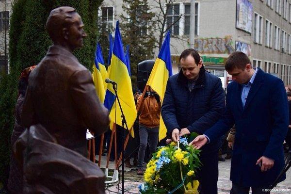 У Франківську відкрили пам'ятник Андрію Мельнику. ФОТО, фото-2
