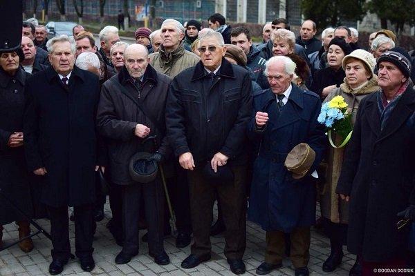 У Франківську відкрили пам'ятник Андрію Мельнику. ФОТО, фото-3