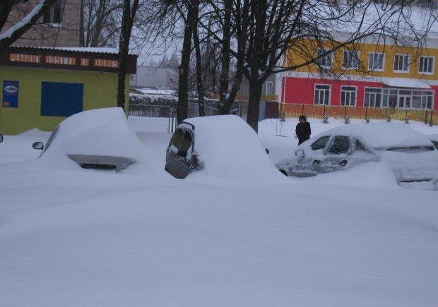 Чим очистити машину від снігу, фото-4
