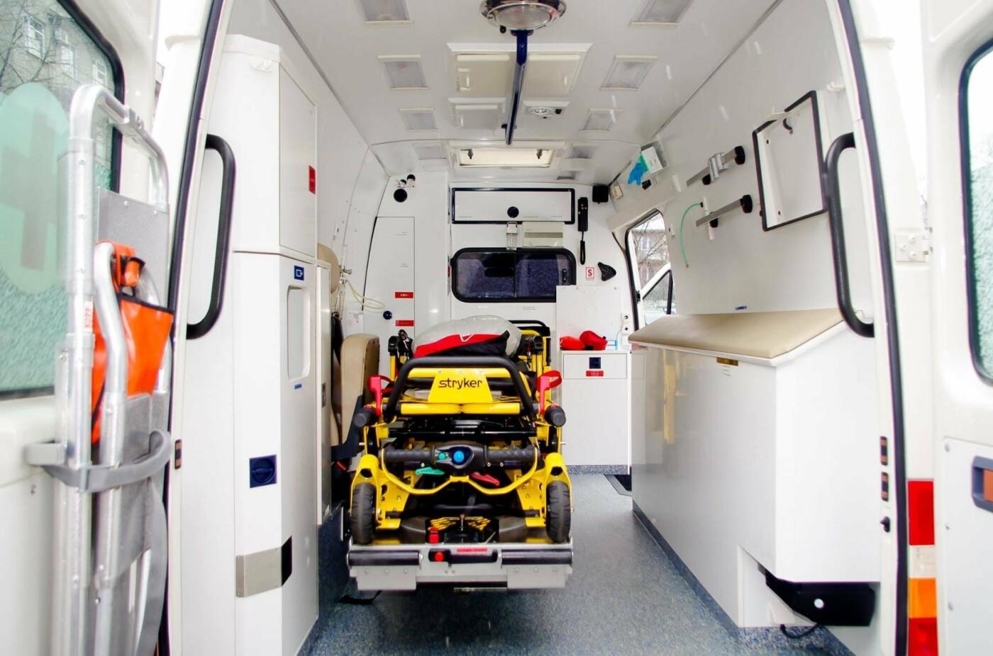Міські рятувальники отримали сучасний реанімобіль. ФОТО, фото-4