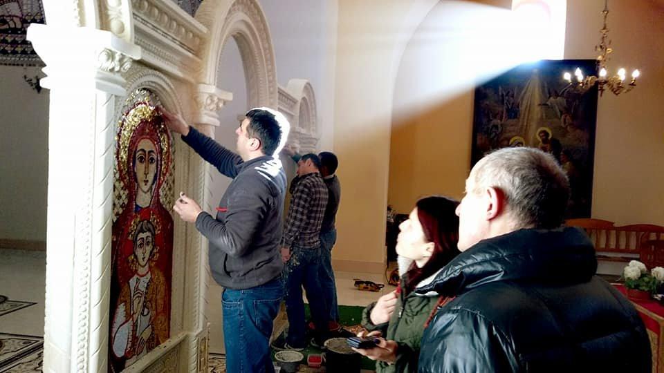 На Прикарпатті оздоблюють унікальний іконостас. ФОТО, фото-1