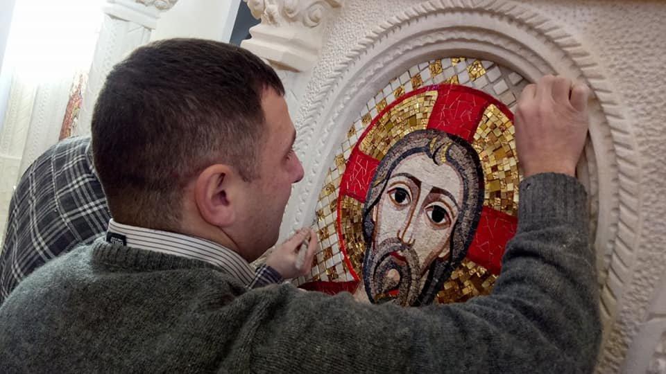 На Прикарпатті оздоблюють унікальний іконостас. ФОТО, фото-4