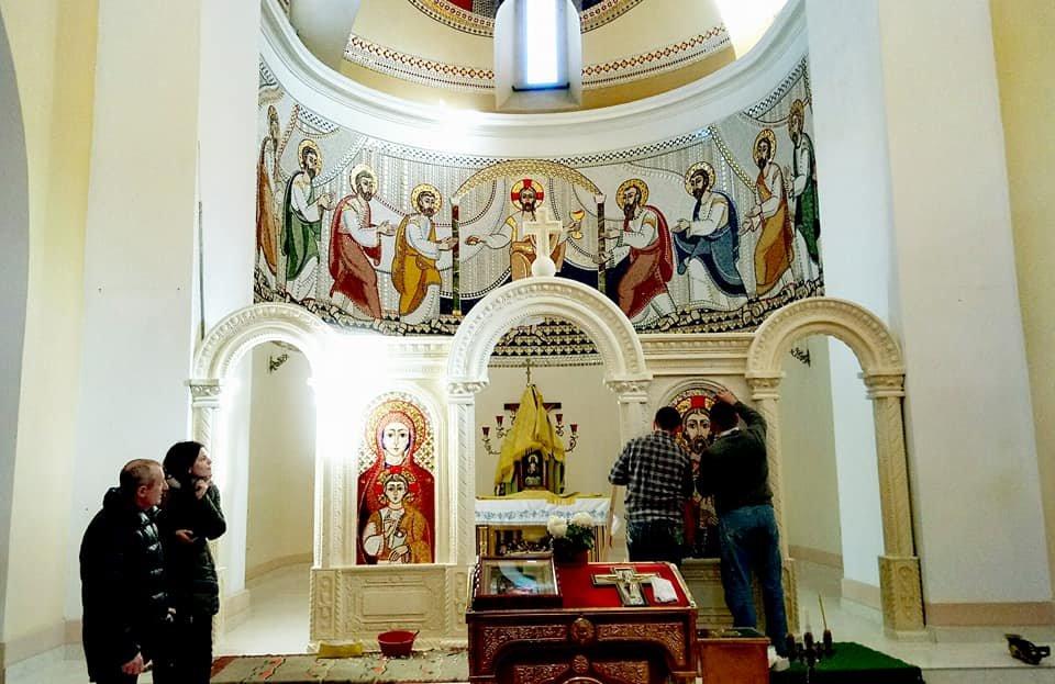 На Прикарпатті оздоблюють унікальний іконостас. ФОТО, фото-2