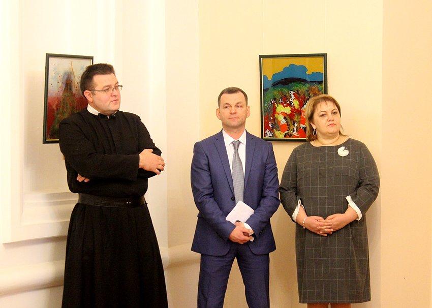 """Картини, створені у Гошеві, продавали у """"Софії Київській"""". ФОТО, фото-2"""
