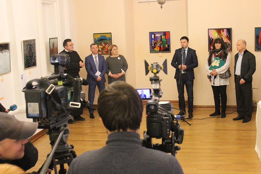 """Картини, створені у Гошеві, продавали у """"Софії Київській"""". ФОТО, фото-5"""