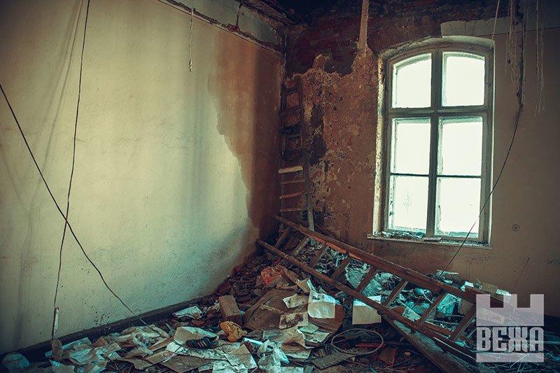 Архітектурна сирота у центрі Івано-Франківська. ФОТО, фото-16