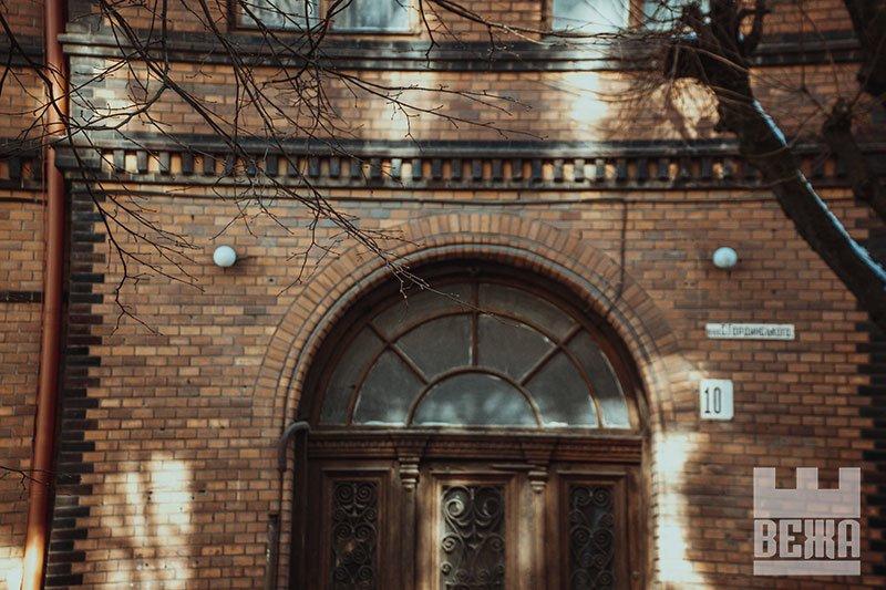 Архітектурна сирота у центрі Івано-Франківська. ФОТО, фото-8