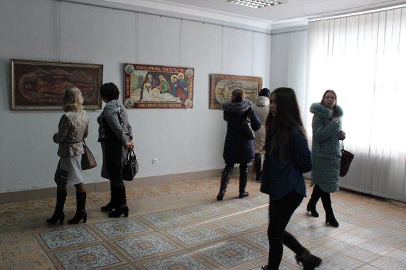 В Галичі відкрилась виставка плащаниць. ФОТО, фото-1