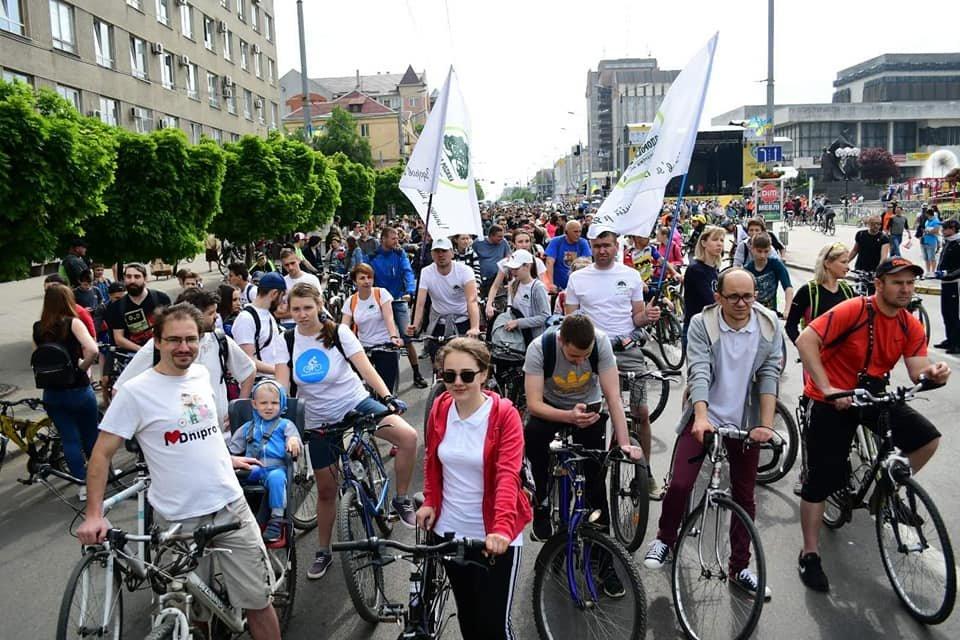 Як велосипедисти святкують день міста. ФОТО, ВІДЕО, фото-3