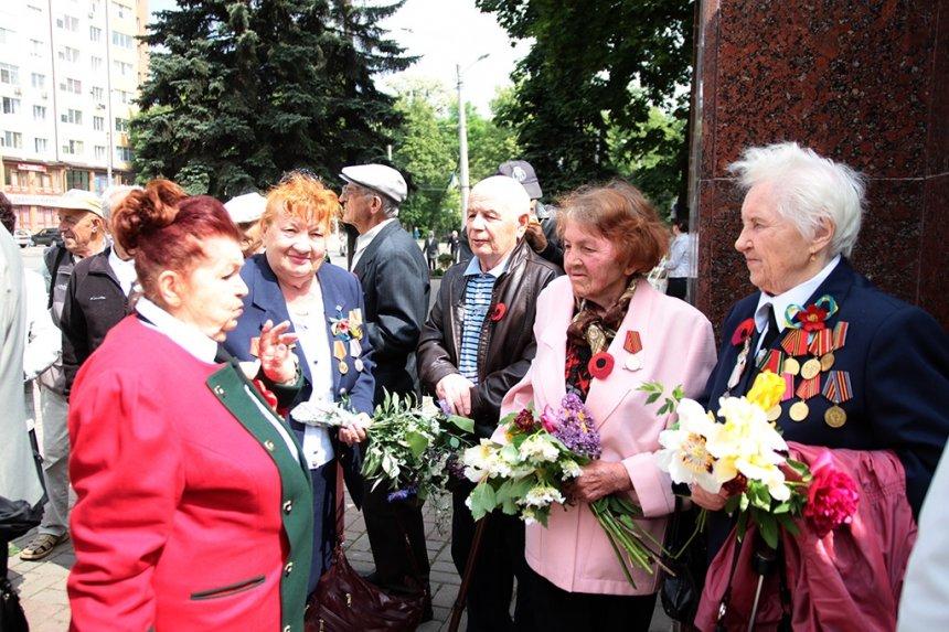 В Івано-Франківську вшанували загиблих у Другій світовій війні. ФОТО, фото-2