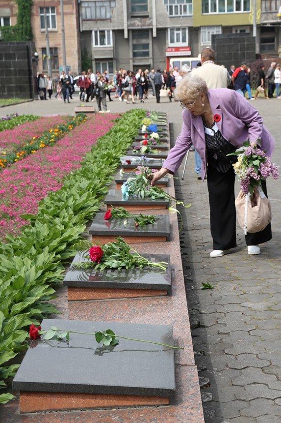 В Івано-Франківську вшанували загиблих у Другій світовій війні. ФОТО, фото-3