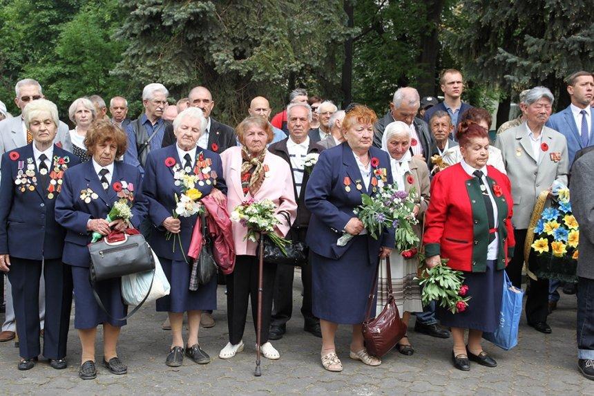 В Івано-Франківську вшанували загиблих у Другій світовій війні. ФОТО, фото-4