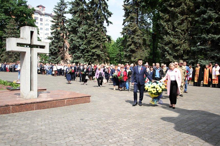 В Івано-Франківську вшанували загиблих у Другій світовій війні. ФОТО, фото-7