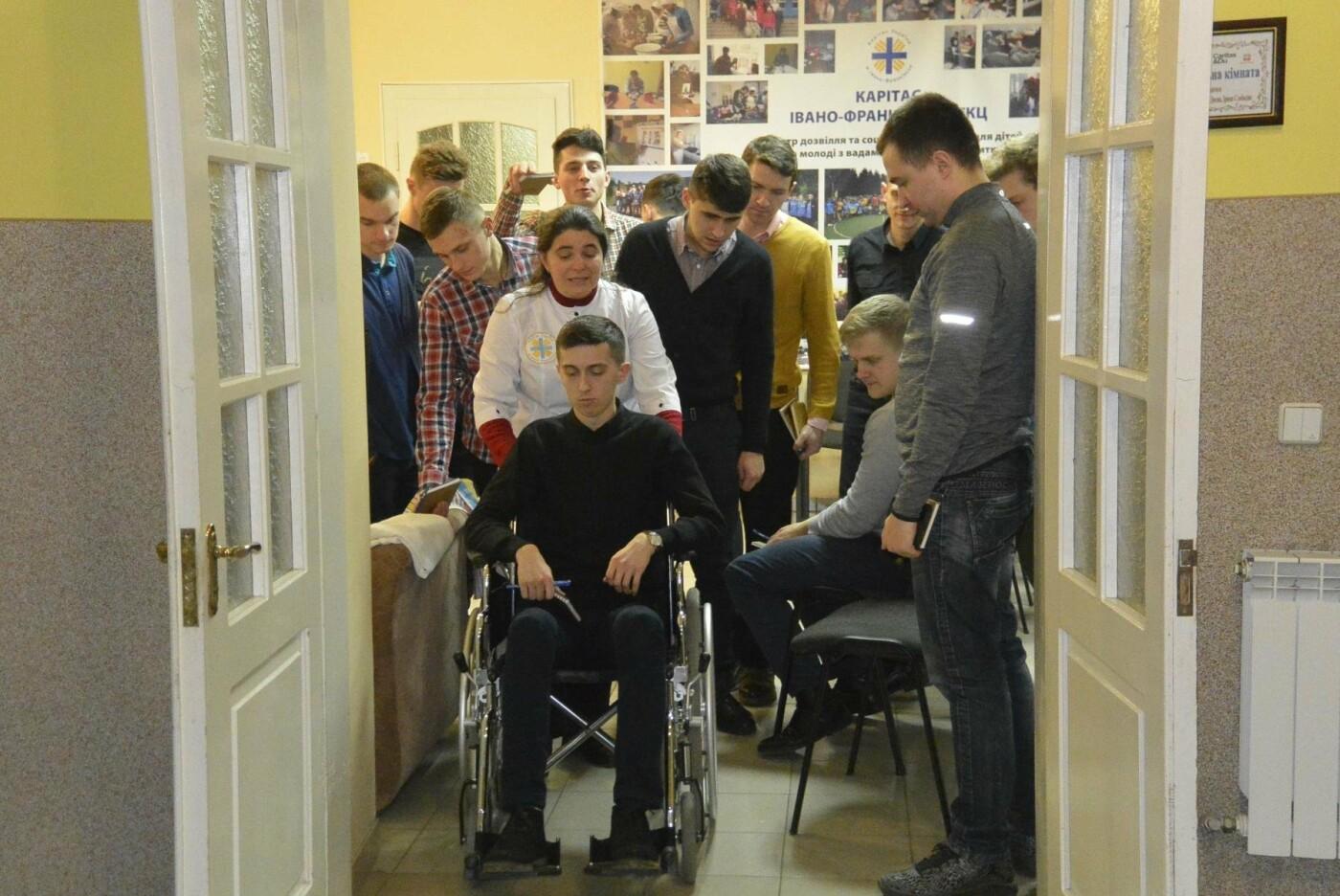 Франківський Карітас проводить навчальні тренінги для волонтерів. ФОТО, фото-2