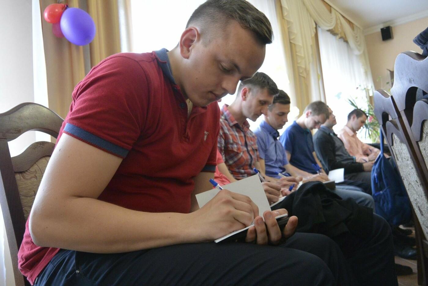 Франківський Карітас проводить навчальні тренінги для волонтерів. ФОТО, фото-1